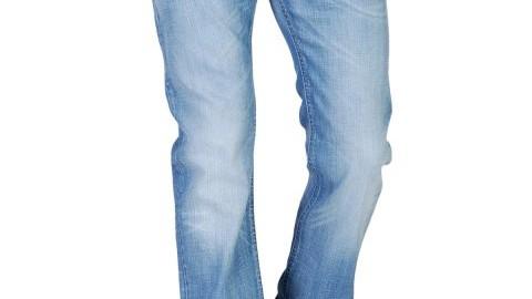 Ci-dessus, le jean Diesel Safado 886 P en exclusivité à seulement 159 euros…